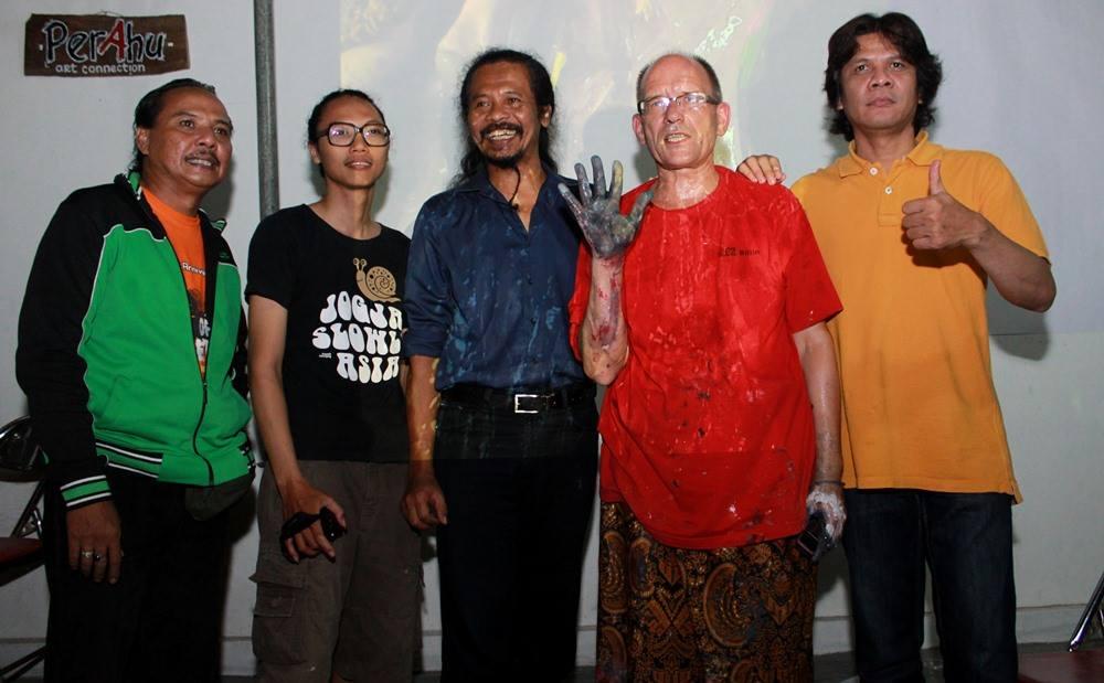 Action-Paitning_Indonesia-2014_3