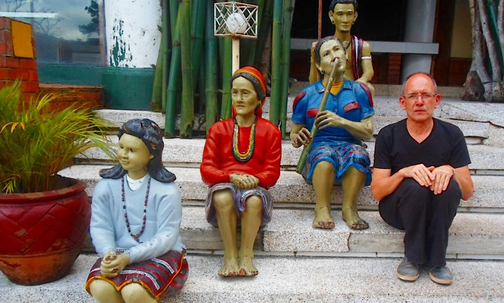 Sitting-with-ladies-in-Idonesia